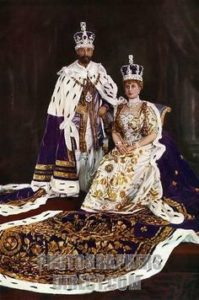 King George V & Queen Mary in Coronation regalia